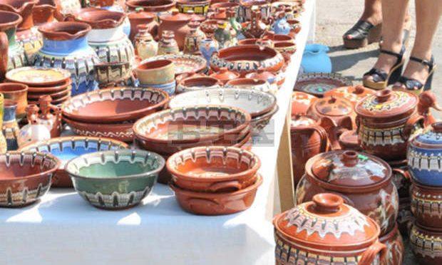"""Търговско изложение """"Произведено в Троян"""" ще има на панаира на занаятите в Орешак"""